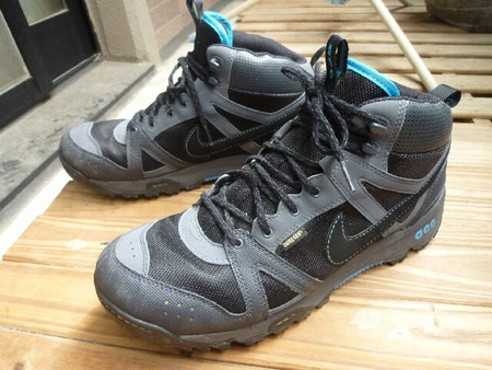 ナイキ(NIKE)ACGの登山靴:大阪 ...