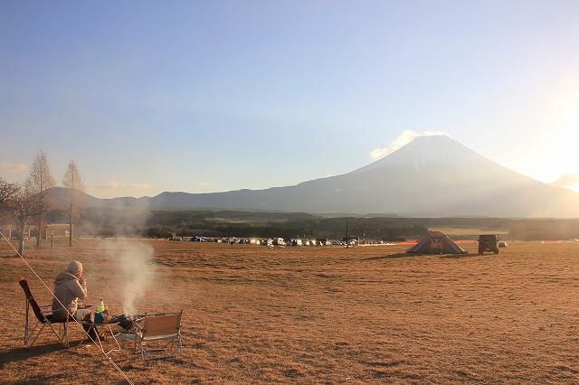 まったり富士山を眺めながら朝 ...