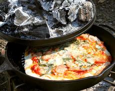 キャンプでピザを焼く!コスパ最強フィールドオーブンの決定版!