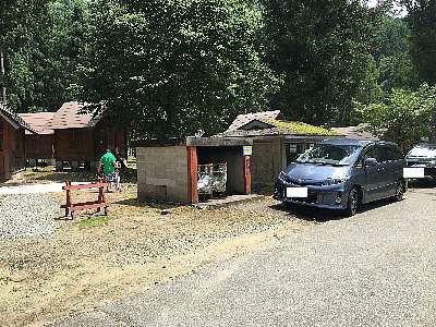 木洩れ日の中へⅡ:和泉前坂家族旅行村 前坂キャンプ場